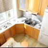 Ідеї яскравих рішень інтер'єру для кухні маленького розміру - фотогалерея