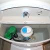 Огляд усіх поломок зливного бачка унітазу та інструкції ремонту всіх поломок
