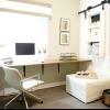 Кутовий стіл в інтер'єрі квартири
